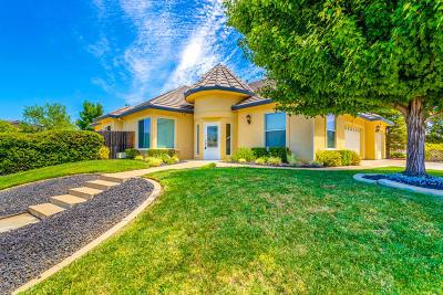 Redding CA Single Family Home For Sale: $389,900