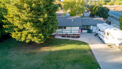 Palo Cedro Single Family Home For Sale: 21990 Belmont Dr