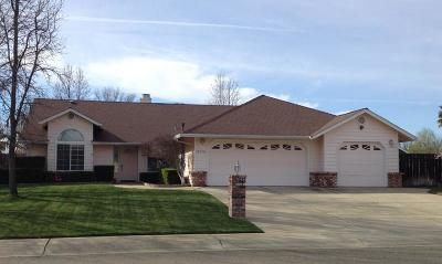 Single Family Home For Sale: 11550 Amir Ct