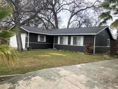 Single Family Home For Sale: 6947 Meadow Wood Trl
