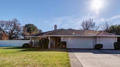 Redding Single Family Home For Sale: 2211 Carnelian Way