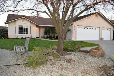 Redding CA Single Family Home For Sale: $359,900