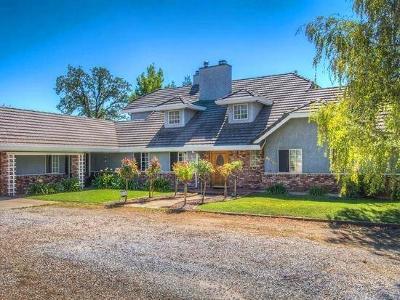 Redding Single Family Home For Sale: 21259 Barrow Rd