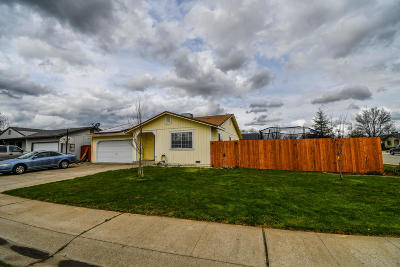 Cottonwood Single Family Home For Sale: 20882 Gun Barrel Ct