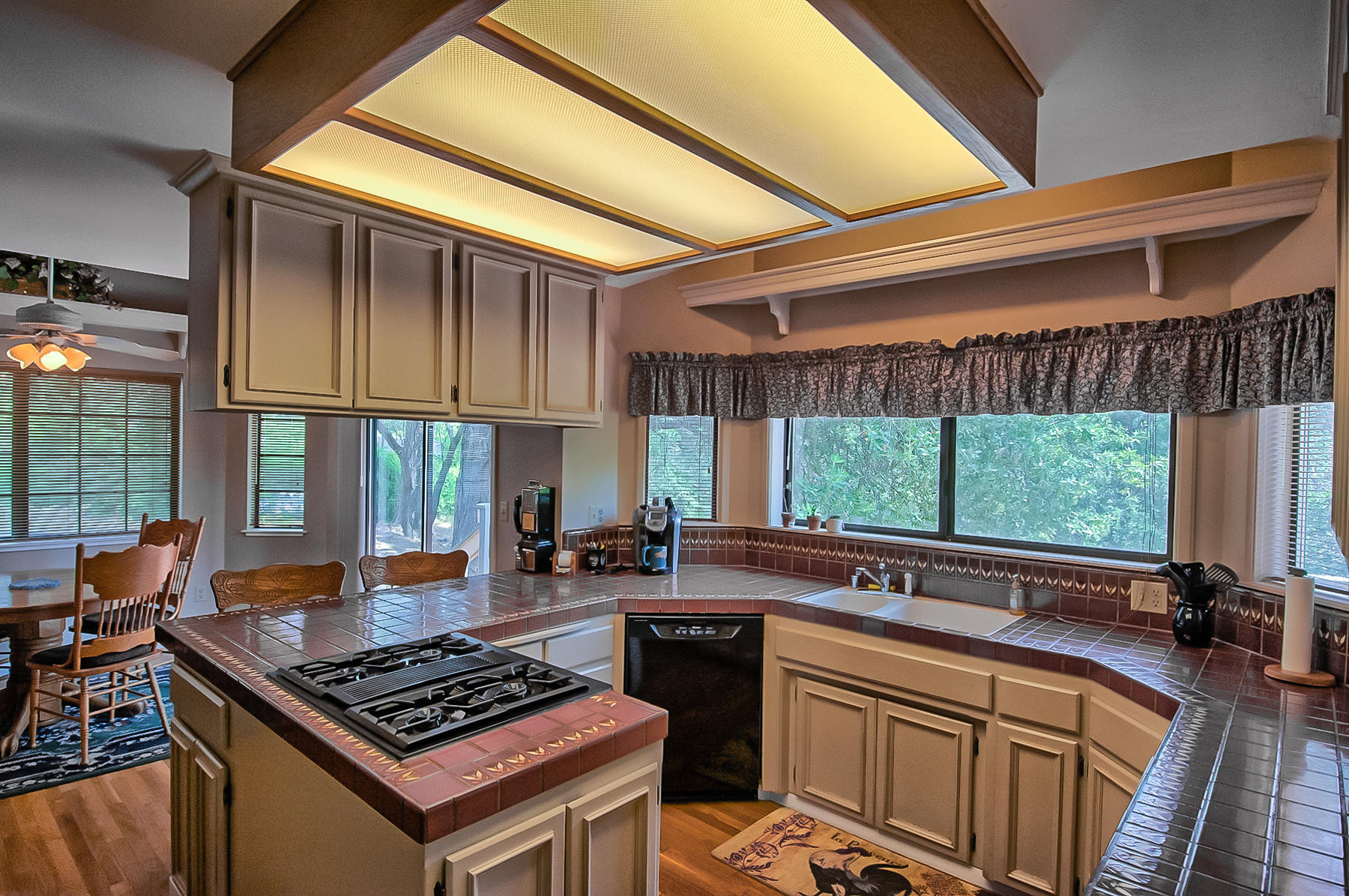 8138 Secluded Valley Dr, Redding, CA.| MLS# 19-3875 | Waterman Real ...