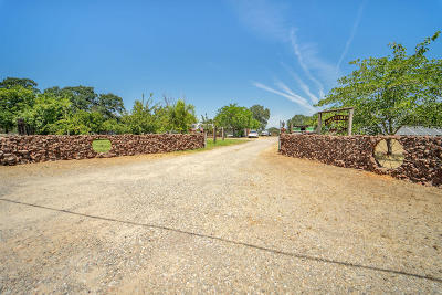 Cottonwood Single Family Home For Sale: 18510 Cypress Dr