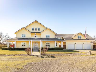Cottonwood Single Family Home For Sale: 19147 Condor Way