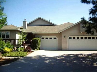 Single Family Home Comp Only: 920 Siskiyou Lake Blvd.