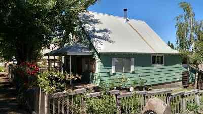 McCloud Single Family Home For Sale: 716 Oak Street
