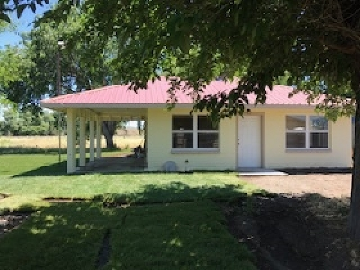 Single Family Home For Sale: 18524 S Old Highway 99