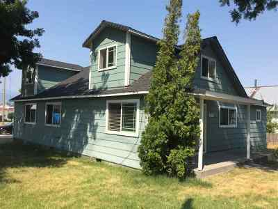 Weed Single Family Home For Sale: 873 Liberty Ave.