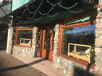 Multi Family Home For Sale: 322 N Mt. Shasta Blvd