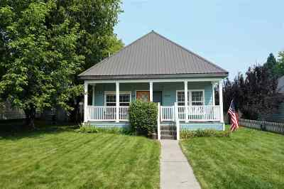 McCloud Single Family Home For Sale: 524 Quincy