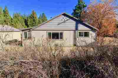 Single Family Home For Sale: 1330 Davis Place Rd