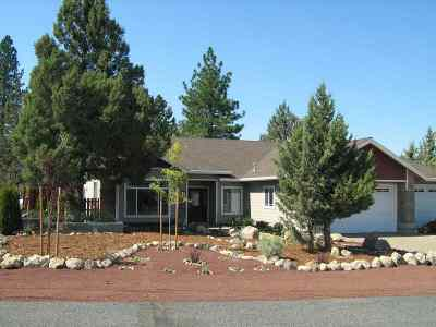 Single Family Home For Sale: 15425 Lakeside Drive