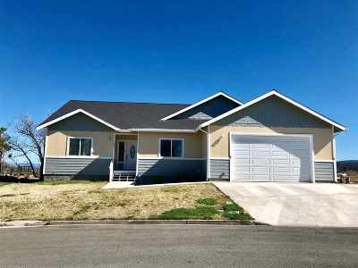 Weed CA Single Family Home For Sale: $299,000