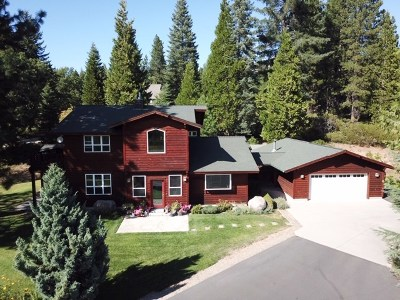 Mt Shasta Single Family Home For Sale: 216 Lone Pine Drive