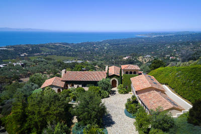 Santa Barbara Single Family Home For Sale: 2600 Bella Vista Dr