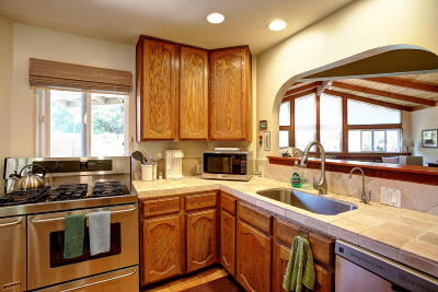 Santa Barbara County Single Family Home For Sale: 296 Pebble Hill Pl
