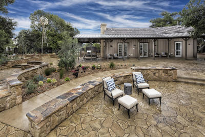 Santa Barbara Single Family Home For Sale: 578 Christmas Tree Ln