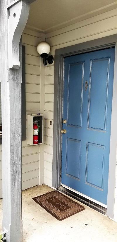 Condo/Townhouse For Sale: 521 W Montecito St #9