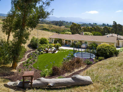 Santa Barbara County Single Family Home For Sale: 1225 Franklin Ranch Rd