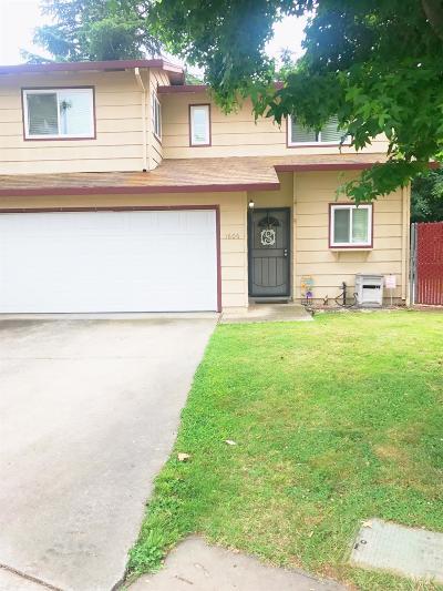 Marysville Single Family Home Pending Bring Backup: 1606 East Lake Court