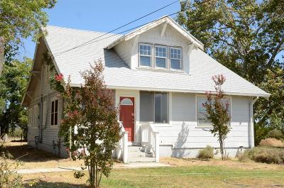 Marysville Single Family Home For Sale: 2945 North Beale Road