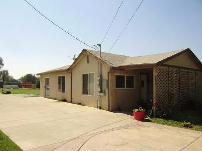 Olivehurst Single Family Home For Sale: 5574 Arboga Road #5576