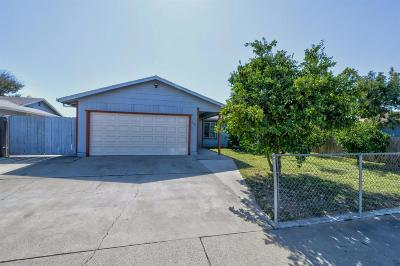 Marysville Single Family Home For Sale: 1724 Deborah Lane