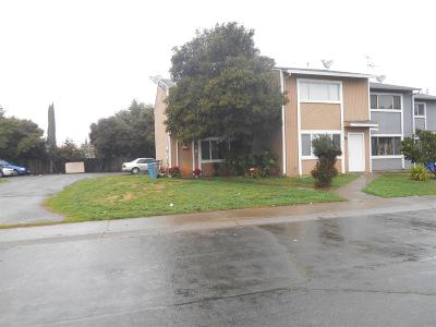 Yuba City Multi Family Home For Sale: 944 Eastcrest Court
