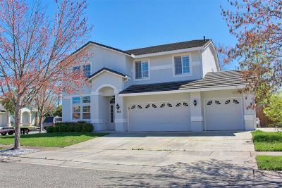 Yuba City Single Family Home For Sale: 768 Village Court