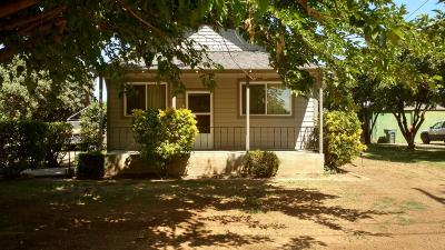 Marysville Single Family Home For Sale: 6227 Happy Way