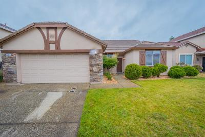 Marysville Single Family Home For Sale: 1687 Shoreline Drive