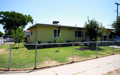 Marysville Single Family Home Pending Bring Backup: 1715 Del Pero Street