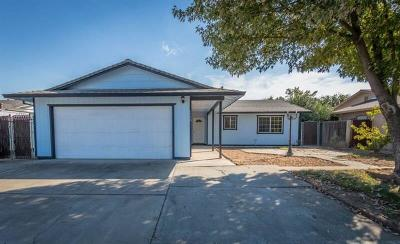 Marysville Single Family Home For Sale: 1720 Maywood Drive