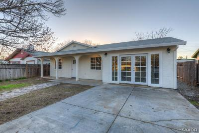 Single Family Home For Sale: 513 3rd Street