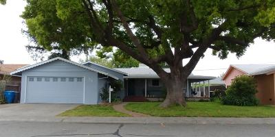 Yuba City Single Family Home For Sale: 715 Winslow Drive