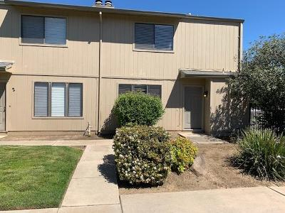 Yuba City Single Family Home Pending Bring Backup: 1255 Lincoln Road #1