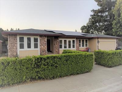 Yuba City Single Family Home Contingent: 1653 Rushing Street