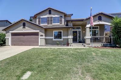 Yuba City Single Family Home Contingent: 159 Edgewater Way