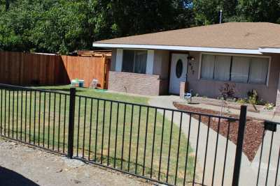 Gerber Single Family Home For Sale: 617 Mariposa Avenue