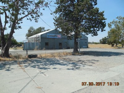 Corning Commercial For Sale: 1075 Hwy 99 W