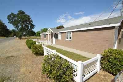 Los Molinos Multi Family Home For Sale: 9022 Highway 99e
