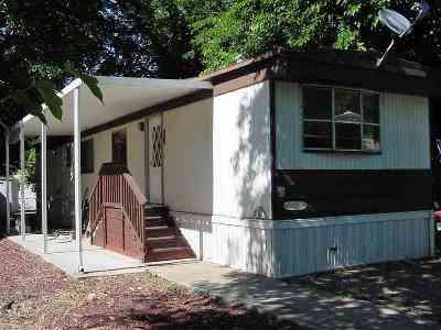 Red Bluff Manufactured Home For Sale: 11705 Parey Avenue #35