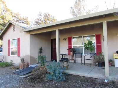 Corning Single Family Home For Sale: 16910 Oakridge Road