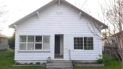 Corning Single Family Home For Sale: 1360 5th Avenue