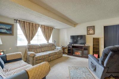 Red Bluff Single Family Home For Sale: 810 Dumosa Drive