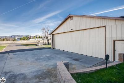 Groveland Multi Family Home For Sale: 20880 Elderberry Way