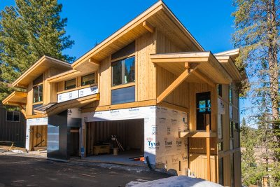 Truckee Condo/Townhouse For Sale: 10352 Palisades Drive #B
